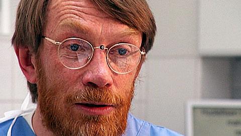 Hampaan reikä ei ole ongelma, mutta biofilmi on | Akuutti | yle.fi