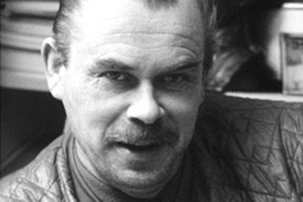 Veikko Huovisen parodiat otettiin liian usein tosissaan | Elävä arkisto | yle.fi