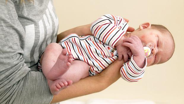 Vauvan Kantaminen