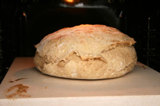 Leivinkiven avulla parempaa leipää. Kuva: Heidi Brucker
