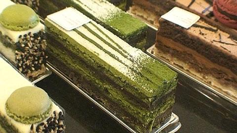 Macha-teestä tehtyjä leivoksia, kondiittori Sadaharu Aoki. Kuva: A-studio