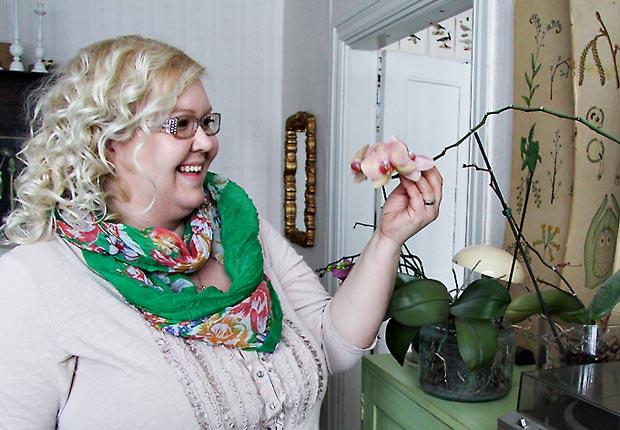 Blogistania: Parolan asema ja Katja Rinkinen. Kuva: Mape Morottaja