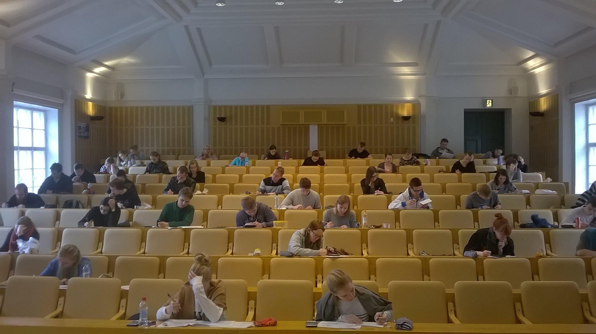 Lukion jälkeen | Jutut | Abitreenit | yle.fi