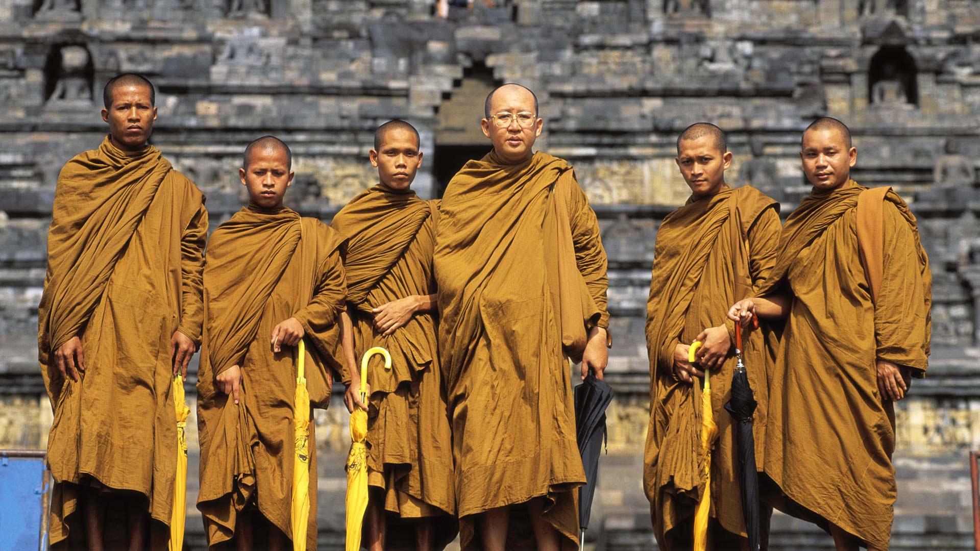 Buddhan Jalanj 195 164 Ljill 195 164 Ihminen Ja Yhteiskunta