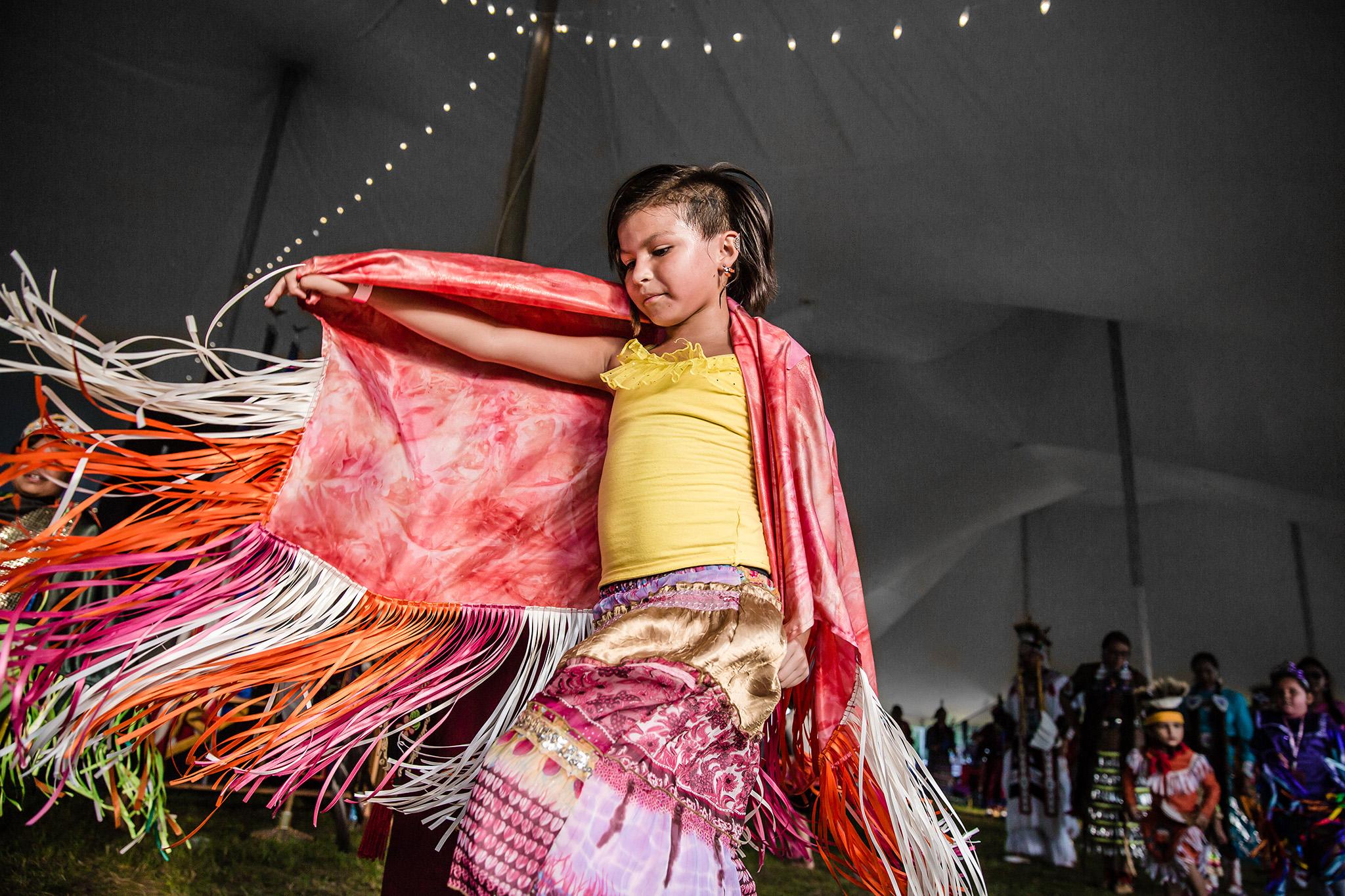 Native American suku puoli videoita Iso koko munaa